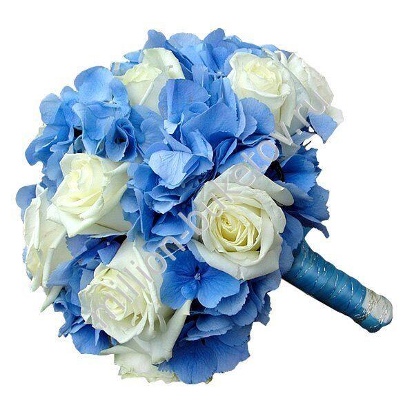 Свадебный букет из роз и гортензии