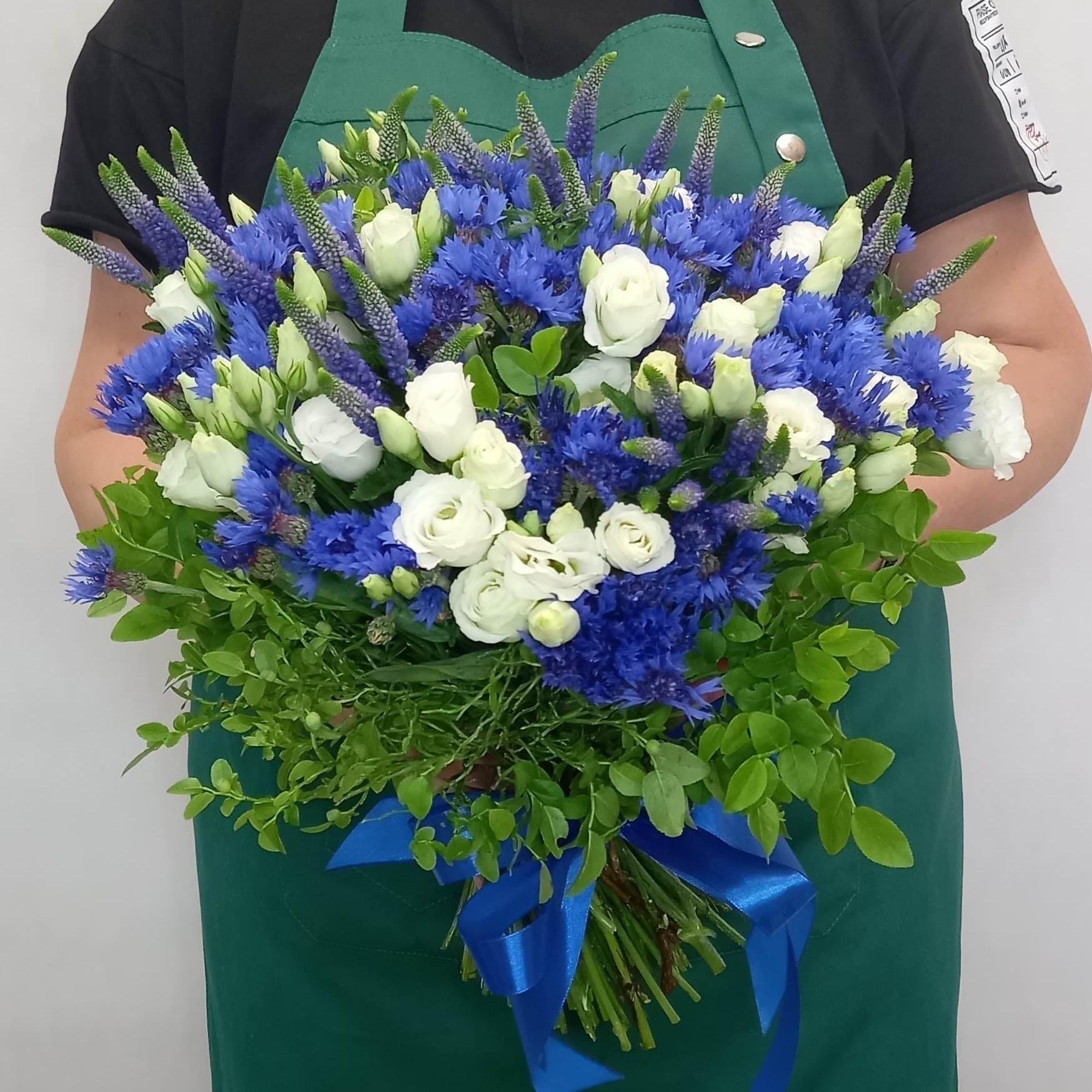 Заказать букет из васельков доставка цветов флора экспресс отзывы